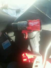 Milwaukee m18 fuel hammer drill