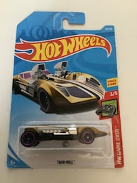 Hot wheels treasure hunt gold twin mill rare diecast car game over