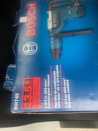 blue and black Bosch angle grinder box