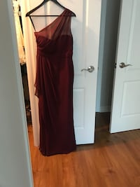 Bill Levkoff bridesmaid dress In the colour Wine - style 1203 one shoulder  size 8 Toronto, M9C 1B8