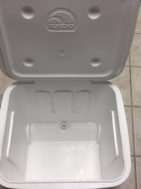 60  quart cooler Arlington, 22203