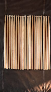 2 for $8 / 5 for $15 - like-new drum sticks
