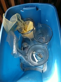 four clear glass pitchers Jacksonville, 32211