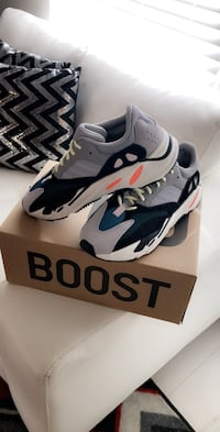 Yeezy Boost 700 (Wave Runners) Miami Lakes, 33018