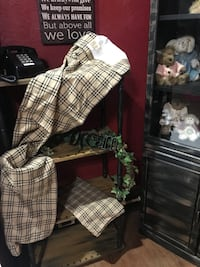 2 Matching Rustic/Farmhouse Valances by VHS $15 Chillicothe, 45601