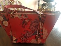 Red floral guess purse Winnipeg