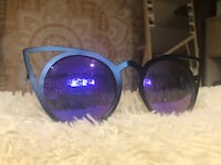 Black framed sunglasses Winnipeg, R2M 2A1