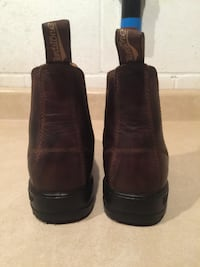 Youth Size 3.5 Blundstone SPS Leather Slip On Boots
