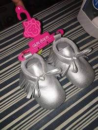baby booties null