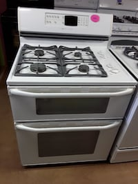 Maytag white gas double oven stove Woodbridge, 22191