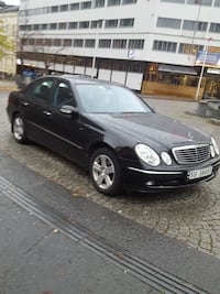 svart Mercedes-Benz sedan Oslo