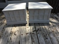 two white wooden side tables Savannah, 31405