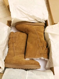 brand new size 6 ugg boot Richmond, V7A 1P7