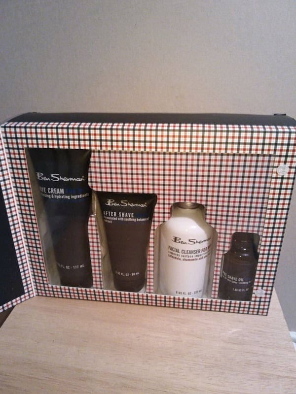 Ben Sherman Complete Shave Kit for Men Farther's Day is Soon c5b48d0e-fa01-4b09-ace3-9841e0f681ca