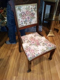 Antique gueens chair Huntington Beach, 92647