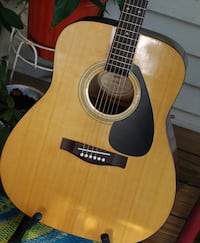 Yamaha F-310 Acoustic Guitar  Wadsworth, 44281
