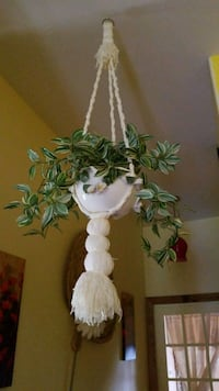 white and green artificial flower decor Dearborn Heights, 48125