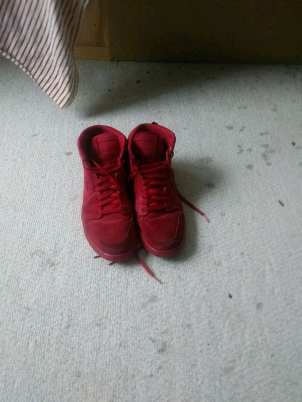 bb54281fa Used pair of red Adidas Yeezy Boost 350 for sale in Durham - letgo