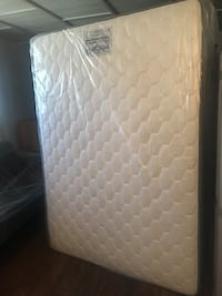 White and gray floral mattress El Paso, 79924