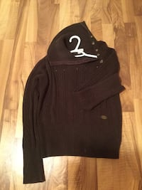 Sweater knite  Calgary, T2T 0C3