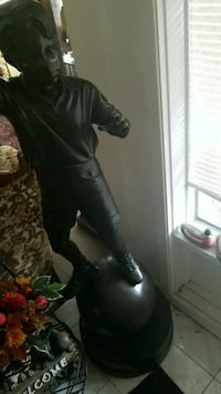 black leather knee-high boot Montreal, H3R 3L4