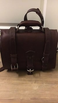 saddleback briefcase Vienna, 22031