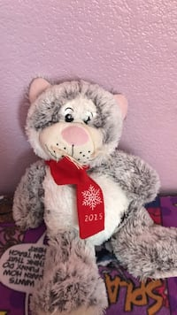 squeaky cat plush doll Bakersfield, 93307