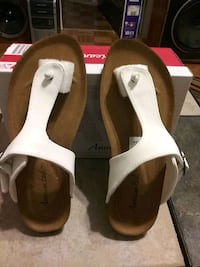 American Eagle size 6 and 1/2 Hamtramck, 48212