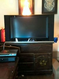 Lg 32'x  built in surround sound,  with wall mount Virginia Beach, 23455