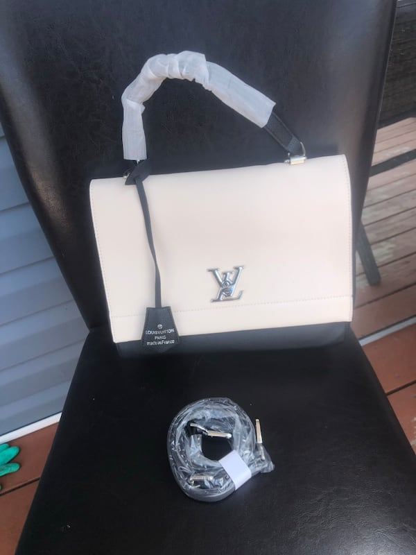 Louis Vuitton unlock me bag  337dab38-6570-4f8e-9a59-3d1ad72abbcf