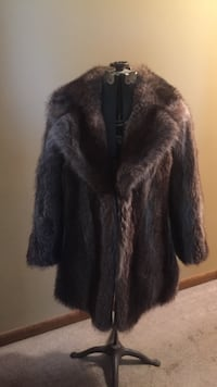 Excellent condition raccoon coat Conewago, 17408