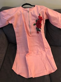 Pink denim kurti in size medium Mississauga, L5B 3Y9