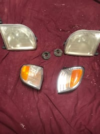 2000 Toyota tundra light casings Santa Fe, 87501