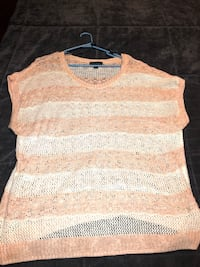 Ladies Forever 21 Short Sleeve Sweater