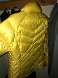 Yellow medium womens the north face bubble jacket