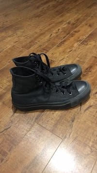 Black converse high tops Size Men's 4 women's 6