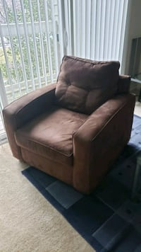 Sleeper couch, chair, 2 end tables, 2 lamps! Unbeatable price! Nottingham, 21236