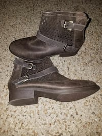 pair of brown leather chunky-heeled buckled booties Liverpool, 13090