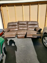 Leather Sofa with 2 end recliners