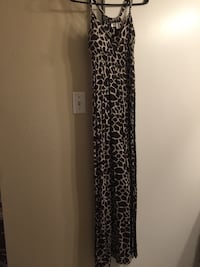 Giraffe print sleeveless dress Arlington, 76016