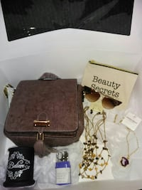 Woman's accessories Style Box