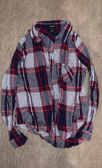 Sz Large button up red white and black checkered long sleeve  Edmonton, T6W 0S2