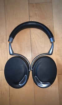 Parrot ZIK version 1
