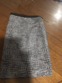 Size 8 skirts excellent condition Harpers Ferry, 25425