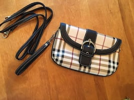WRISTLET OR CROSSBODY PURSE