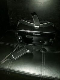 Samsung Gear VR (With Controller!) Virginia Beach, 23462
