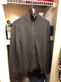 Gucci zip up  Abbotsford, V2T 6R5