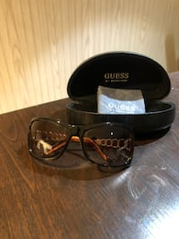 Guess Sunglasses New York, 11379