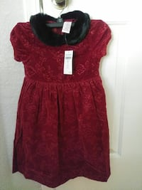 NEW Girl's Holiday Dress...sizes - SML $15