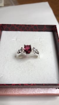 Sterling Silver Ring size 7 629 km
